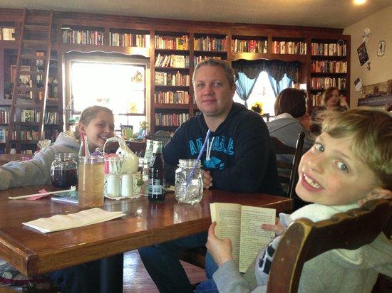 Enjoying Storiebook Cafe!!