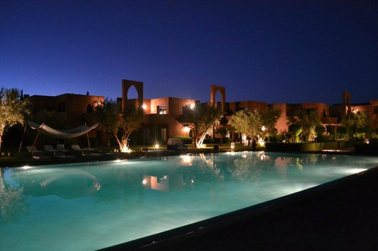 Les Jardins de Zyriab Resort & Spa : jardin de nuit 1