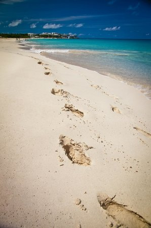 Four Seasons Resort and Residences Anguilla:                   Meads Bay Beach... deep, soft sand!