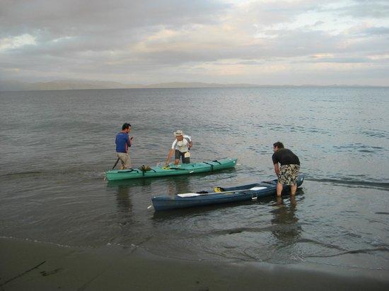 Cabinas Tropicales:                   Kayak to the Playa Preciosa