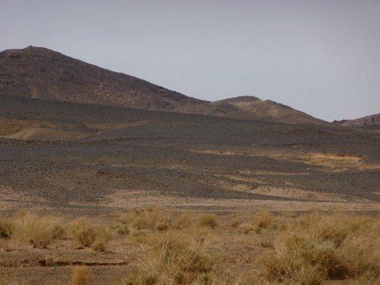 Hotel Kasbah Mohayut: le désert noir