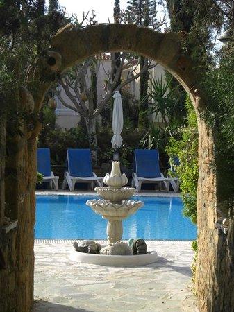 Archway near pool