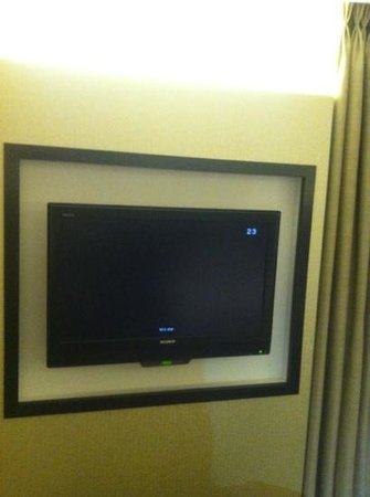 Radisson Blu Hotel & Spa, Galway:                   flat screen
