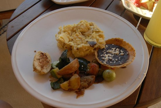 Capella Ixtapa:                   Room service breakfast
