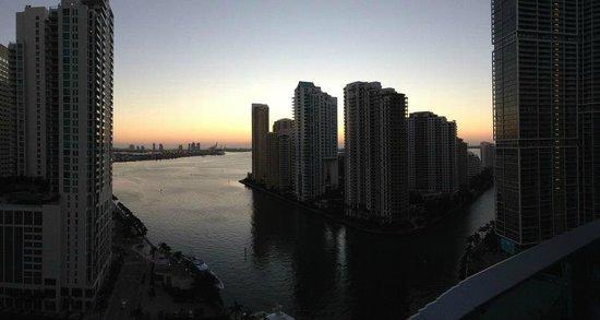 Kimpton EPIC Hotel:                   Bay View at Sunrise