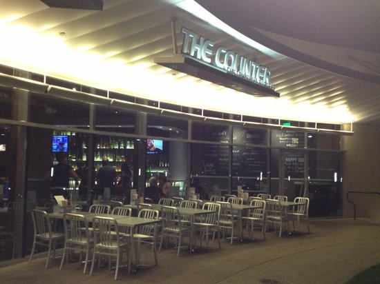 Photo of American Restaurant The Counter Burger at 2981 Michelson Dr, Irvine, CA 92612, United States
