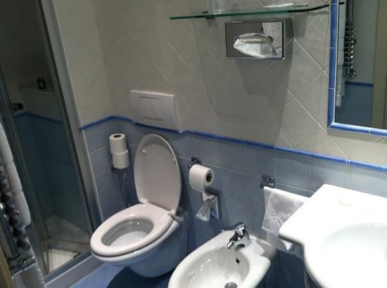 Hotel Davanzati: salle de bain