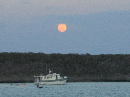 Crooked Island:                                     Full moon at sunset