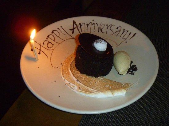 Kimpton Ink48 Hotel:                   Complimentary dessert