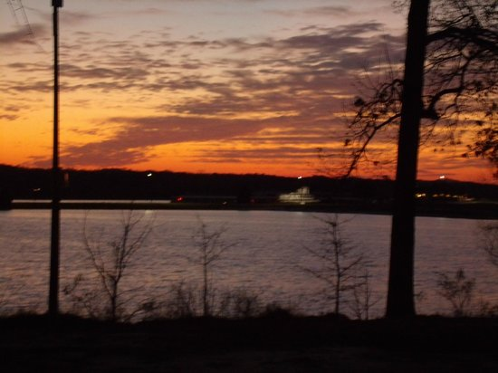 Lakepoint State Park Resort Lodge and Convention Center:                                     sunset view from patio