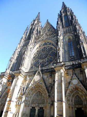 Prague Live Guide Day Tours
