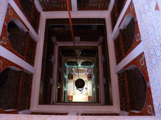 Moroccan House Hotel:                   la vista dall'ultimo piano