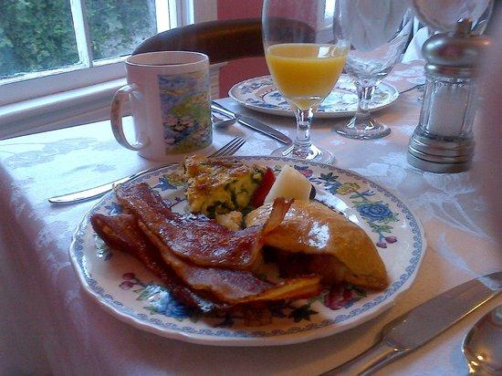 Star of Texas Inn:                                     Example of morning breakfast