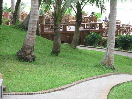 Mekong Riverview Hotel: terrasse du restaurant