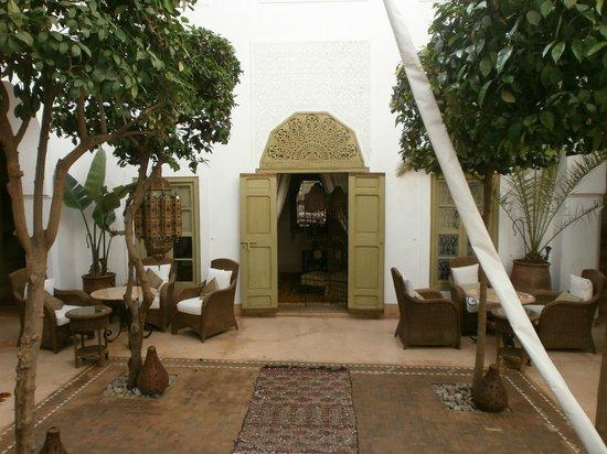 Riad Camilia:                   Entrée de la chambre 1