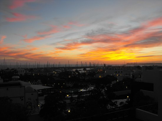 Hotel THe Volcan Lanzarote:                                     Great sunsets