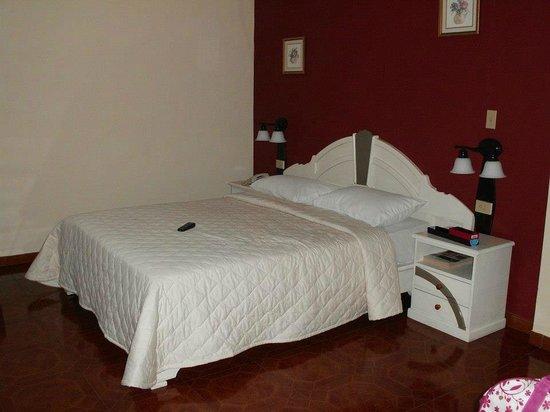 Hotel Castilla : cuarto 2