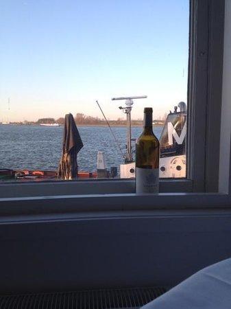 Bellevue Groothoofd:                   view from my table