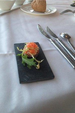 Bellevue Groothoofd:                   a complimentary Amuse bouche