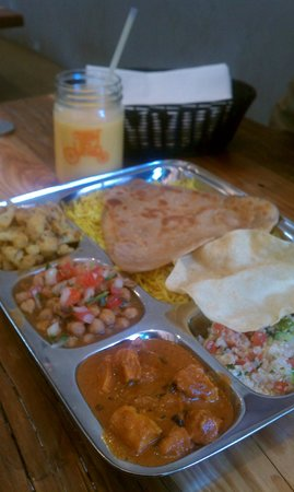 Curry Up Now:                   Thali plate