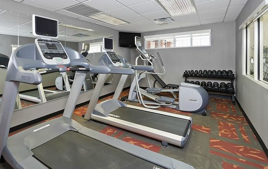 Residence Inn Dallas Lewisville : Work up a sweat in the Fitness Center