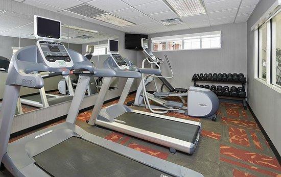 ريزيدنس إن دالاس ليويزفيل: Work up a sweat in the Fitness Center