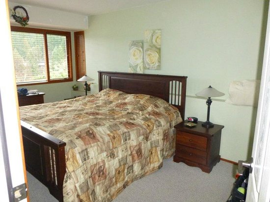 Sunshine Coast Resort Hotel & Marina:                   Separate Bedroom