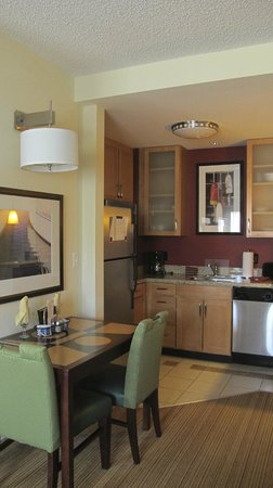 Residence Inn Portland Downtown/Waterfront:                   Kitchen