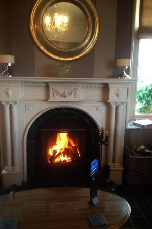 Hillthwaite Hotel:                   Sitting room Log fire