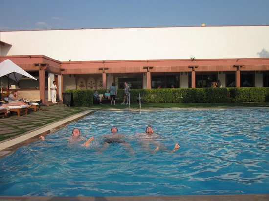 Trident, Agra:                   Very nice pool and garden
