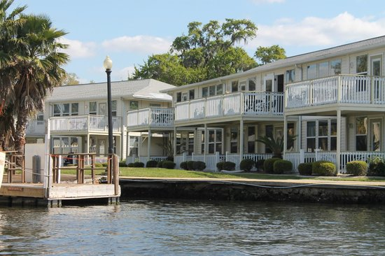 Homosassa Riverside Resort:                   Our building from the river