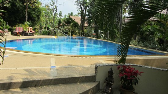 Oriental Kwai Resort: Piscina
