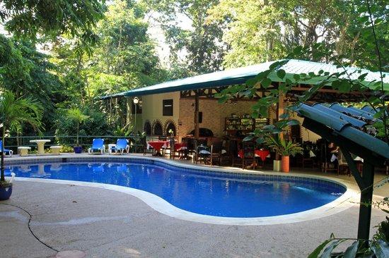 Byblos Resort & Casino: Pool area