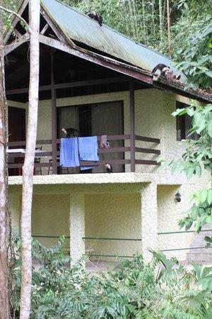 Byblos Resort & Casino : Monkeys on the bungalows