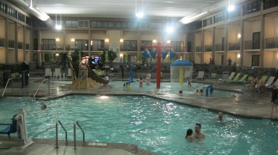 Large pool with kiddie area in background picture of best western best western plus bloomington hotel large pool with kiddie area freerunsca Choice Image