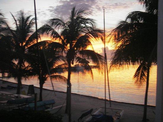 كاريبيان فيلاز هوتل:                   sunrise                 