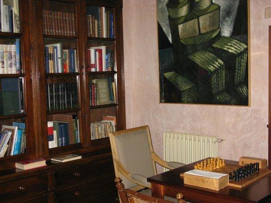 Palacio Chaves Hotel:                   Biblioteca