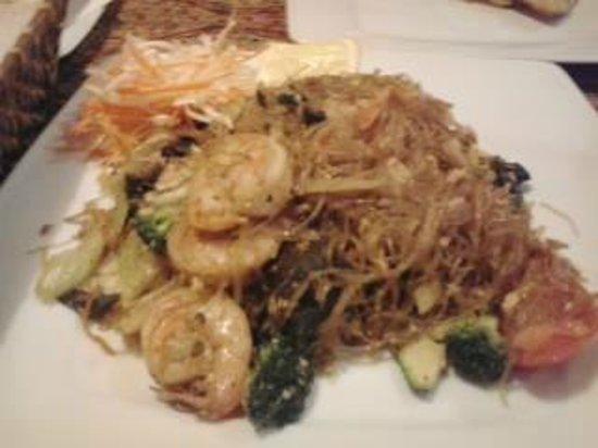 Parazs Preszo:                   THAI Dish