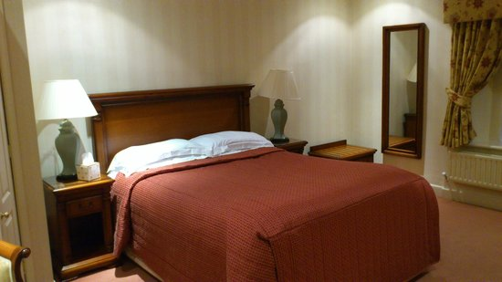 Best Western Plus Lake District, Keswick, Castle Inn Hotel:                   very comfortable bed