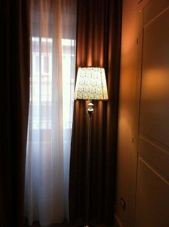 بالاتسو دي مركانتي:                   particolare della camera                 