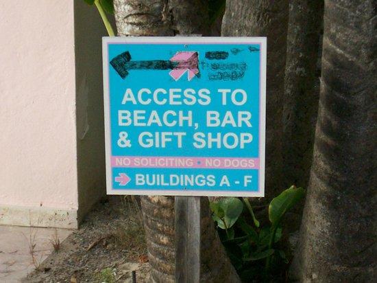 Sapphire Beach Resort:                                     NO bar or gift shop