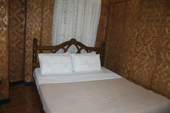 Alona Tropical Beach Resort: pokój