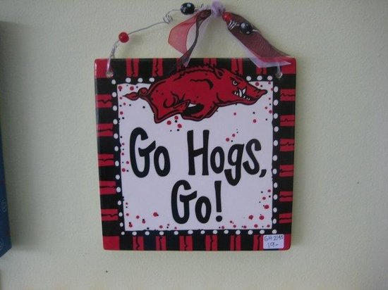The Painted Pig: Go Hogs Plaque