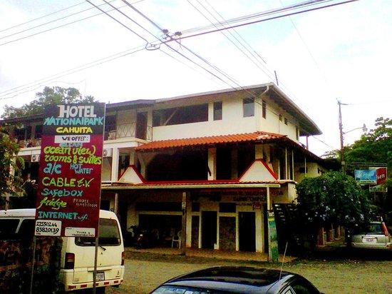 Cahuita National Park Hotel :                   Street view