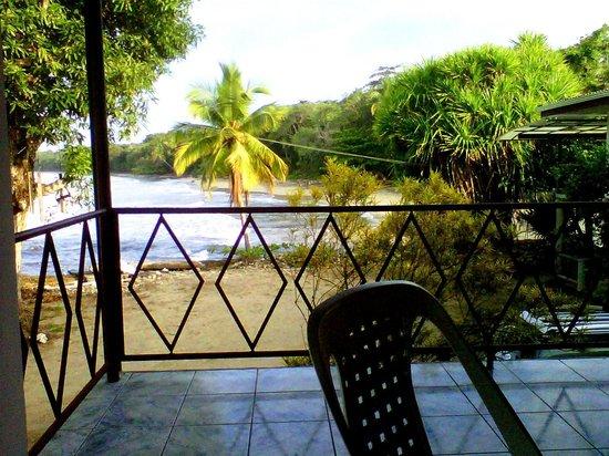 Cahuita National Park Hotel:                   View of Beach area