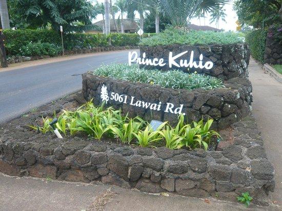 Prince Kuhio Condos:                   Entrance