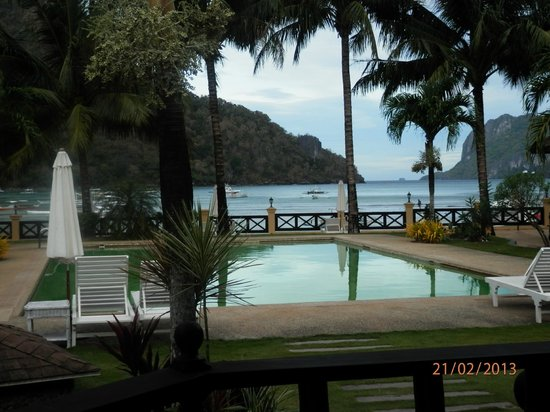 El Nido Garden Beach Resort: The View From The Garden