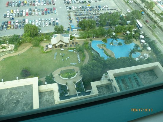 Radisson Blu Cebu:                   View of pool from room