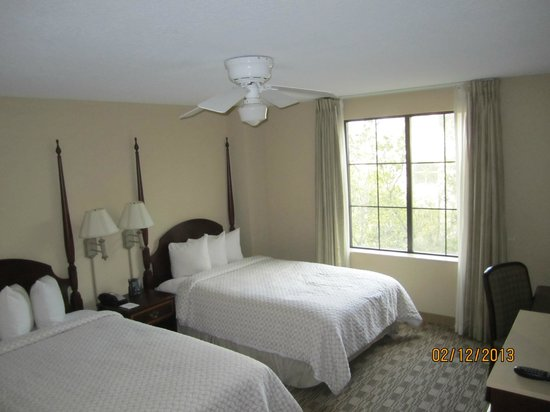 Embassy Suites by Hilton Orlando Downtown: My bedroom