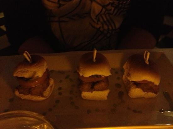 Antoine McGuire's: po'boys appetizer